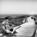 Un llibre al costat del mar _web